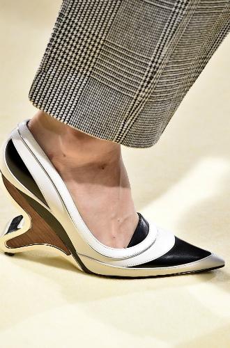 Фото №110 - Самая модная обувь сезона осень-зима 16/17, часть 1