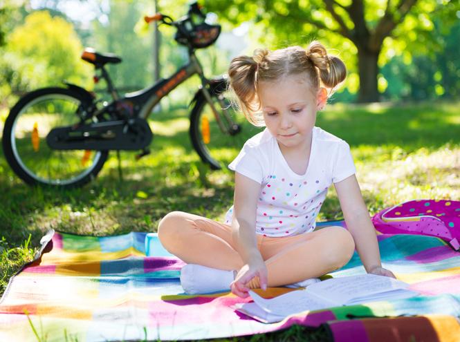 Фото №3 - Как и чему стоит учить ребенка летом: памятка для родителей