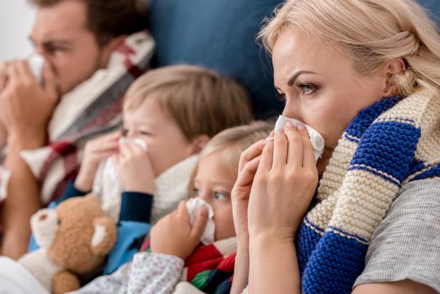 Фото №1 - Мифы о гриппе: лечить или привить?