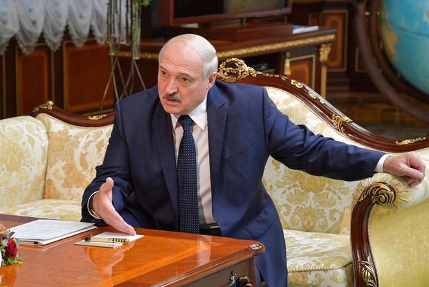 Фото №2 - «Только я смогу защитить белорусов»: Лукашенко дал интервью российским СМИ