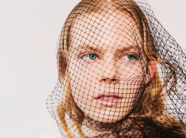 Фото №1 - Обмани меня: 6 секретов макияжа, когда у кожи выдался плохой день