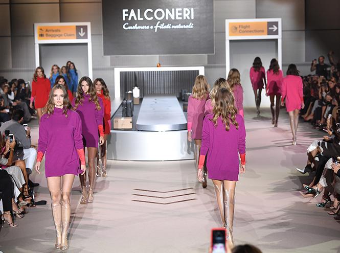 Фото №4 - Как собрать базовый гардероб для путешествий: показ Falconeri FW 2018
