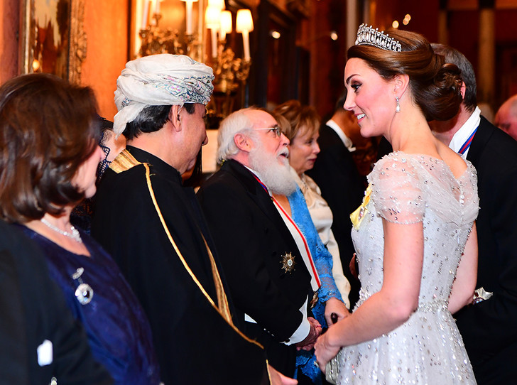Фото №20 - Почему герцогиня Кембриджская так любит тиару «Узелки любви»