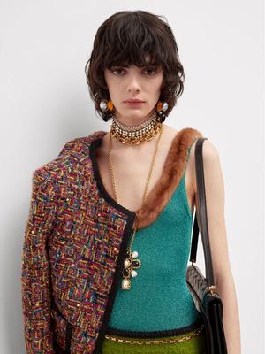 Фото №3 - От цепей до печаток: как правильно носить крупные украшения