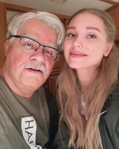 Кристина Асмус объявила о разводе с Гариков Харламовым
