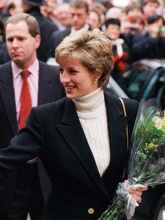 Фото №2 - Королевский кэжуал: как Диана носила объемные пиджаки