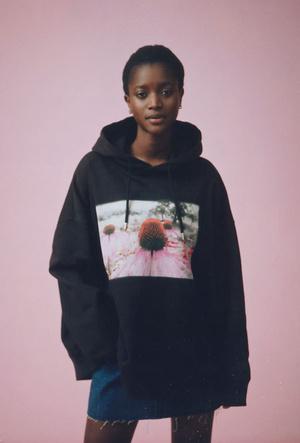 Фото №3 - 6 стильных вещей из коллаборации Helena Christensen x H&M, которые приблизят весну