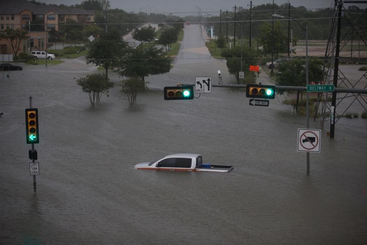 Фото №1 - Ураганы в Атлантике стали мощнее