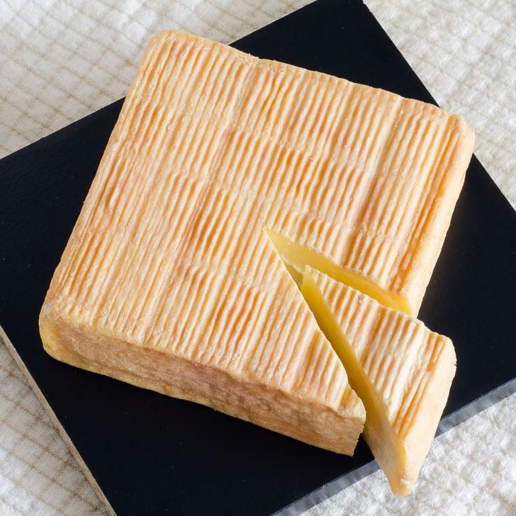 Фото №6 - Любовь вопреки: 8 самых пахучих сыров в мире