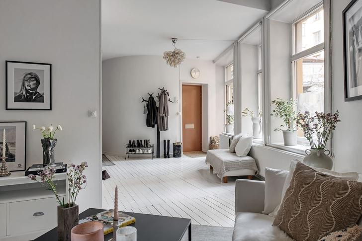 Фото №4 - Маленькая скандинавская квартира со спальней на антресоли