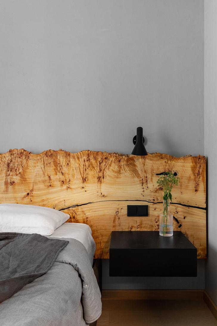 Фото №8 - Черный интерьер с теплыми терракотовыми акцентами: квартира 100 м²