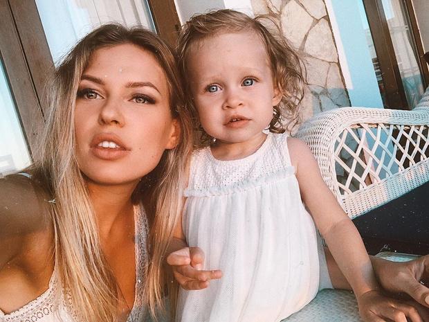 Фото №1 - Рита Дакота: «У меня идеально красивая дочь»