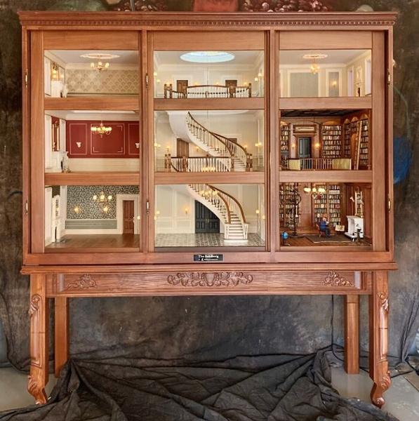 Фото №3 - Как выглядит кукольный домик, который стоит больше вашей квартиры