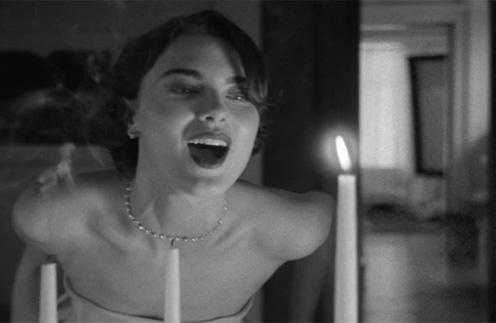 Кадр из праздничного видео Tiffany & Co