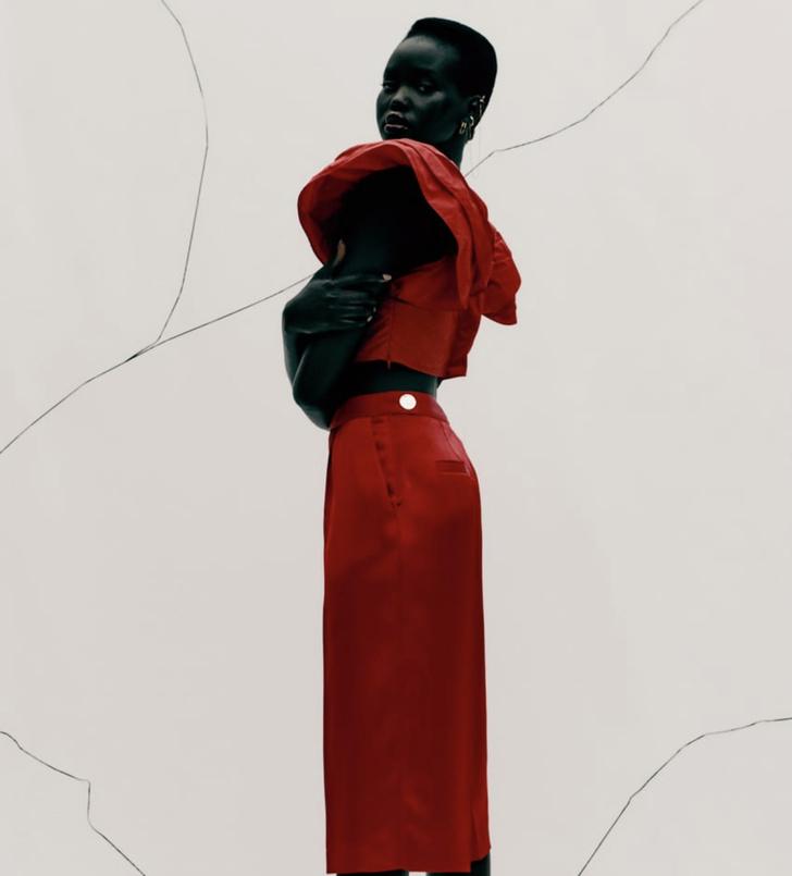 Фото №2 - Это все о страсти: Zara выпустила коллекцию полностью в красном цвете