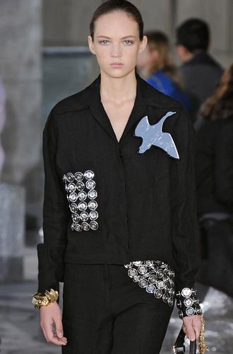Фото №6 - Fashion director notes: май – что-то старое, что-то новое, что-то голубое