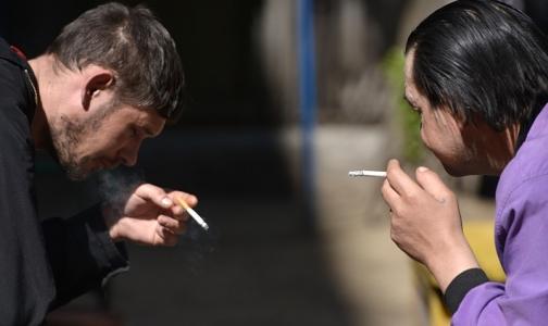 Фото №1 - Россияне смогут жаловаться на курильщиков в мобильном приложении от Минздрава