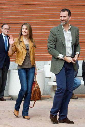 Фото №12 - Запретный плод: как королевские особы носят джинсы