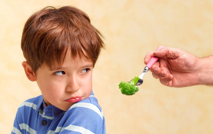Как приучить ребенка есть овощи и фрукты