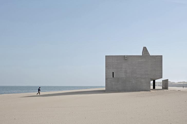 Фото №1 - Как выглядит «самая одинокая библиотека в мире»