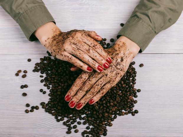 Фото №1 - Взбодритесь красиво: чем хороша косметика на основе кофейных зерен