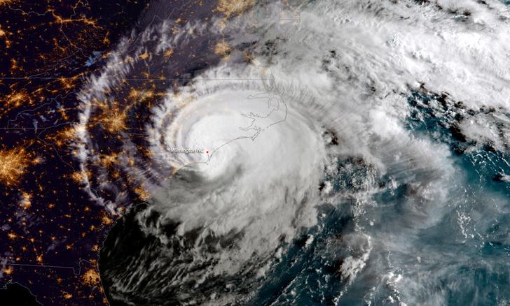 Фото №1 - Ураган обрушился на США
