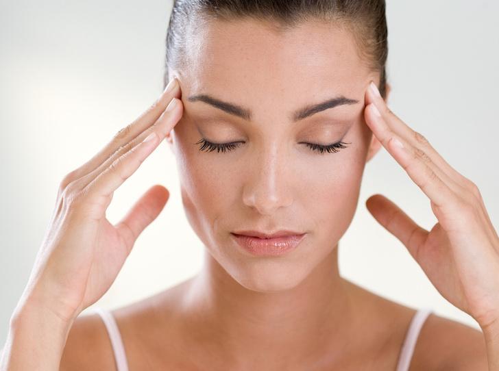 Фото №1 - Не просто головная боль: что такое мигрень, и как с ней справиться