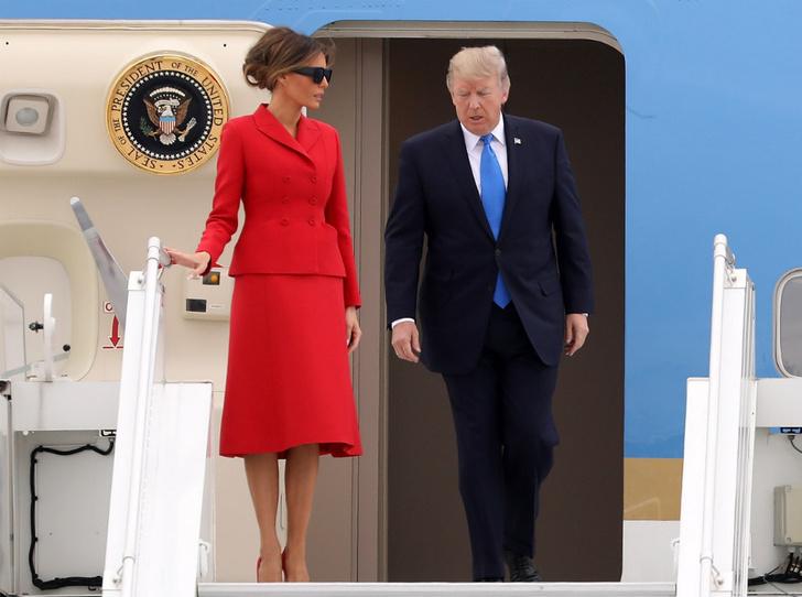 Фото №1 - Как затмить президента: модная инструкция от Мелании Трамп