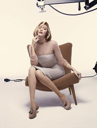 Фото №2 - Джиджи Хадид в рекламной кампании Max Mara