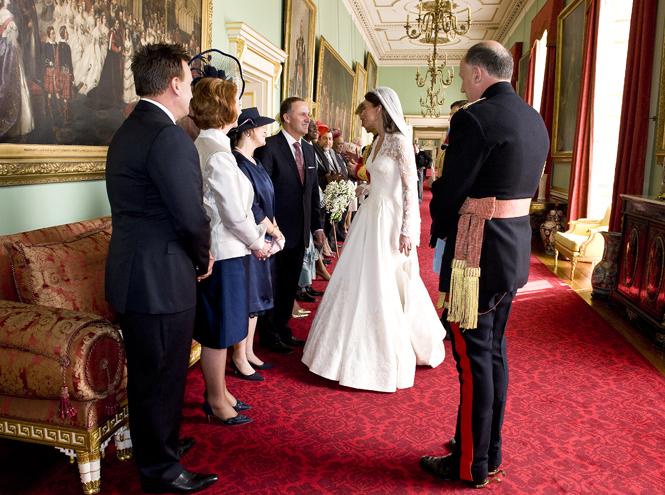 Фото №5 - Без политики: Гарри и Меган не позвали на свадьбу Обаму и Трампа