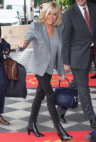 Фото №12 - Как (и благодаря кому) джинсы стали частью делового дресс-кода