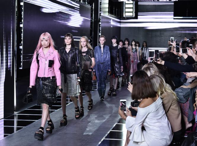 Фото №7 - Чем нам запомнилась неделя моды в Париже
