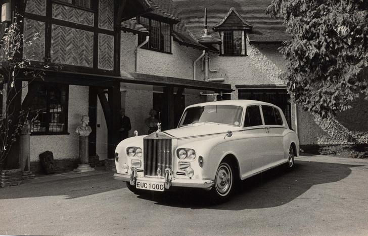 Фото №5 - «Бэйби, ю кэн драйв май кар». Главные автомобили в жизни Джона Леннона