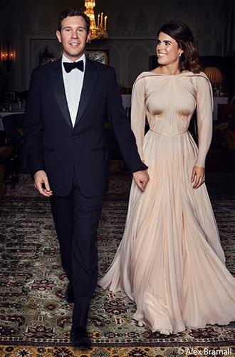 Фото №5 - Как на свадьбе принцессы Евгении проявился «эффект Грейс Келли»