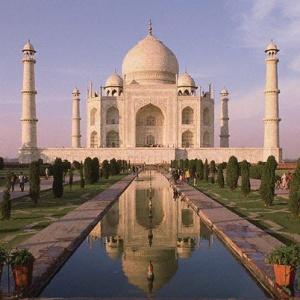 Фото №1 - В Индии запретили доллары США