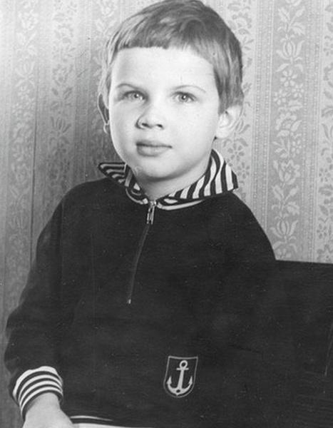 Павел Коноплев