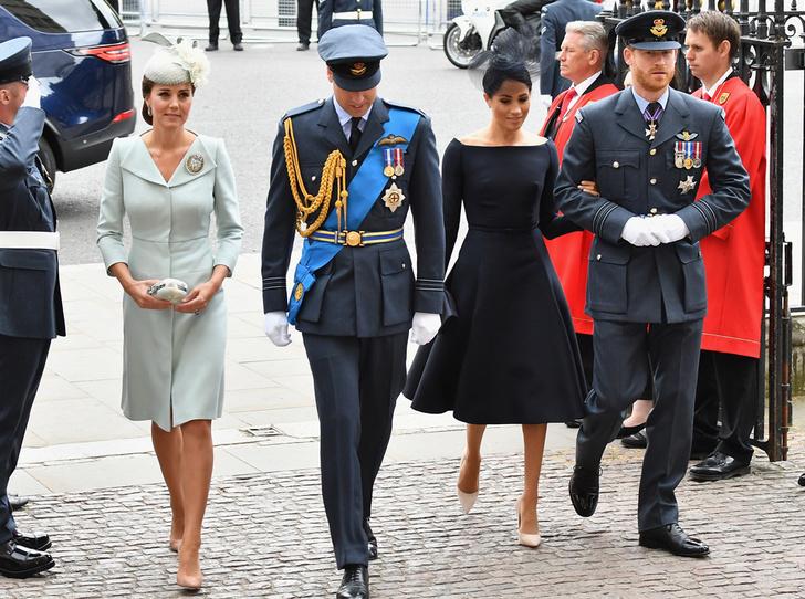 Фото №1 - Герцоги Кембриджские и Сассекские вместе вышли на работу