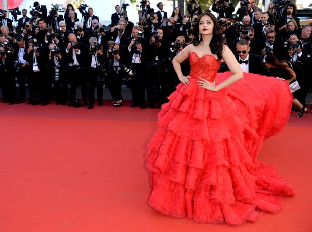 Фото №6 - Голливуд, подвинься: 7 потрясающих звезд индийского кино