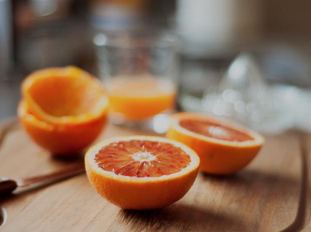 Фото №6 - 7 полезных продуктов, которые вредят здоровью и фигуре