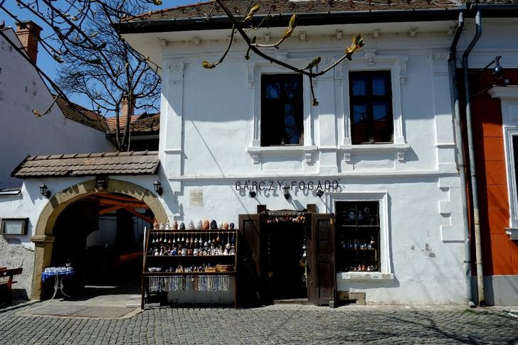 Фото №6 - Город-сюрприз: венгерский Сентендре в 10 кадрах