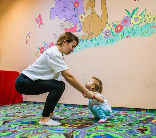 Упражнения от боли в пояснице в домашних условиях, упражнения для мамы с ребенком