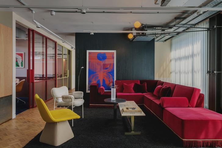 Фото №7 - Яркий офис в стиле mid-century в Лондоне