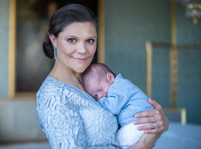 Фото №4 - Принц Оскар: два года в фотографиях