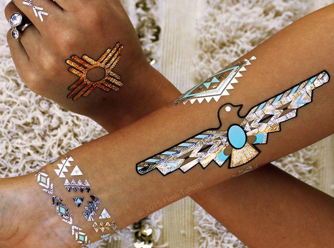 Фото №1 - Flash tattoo: все, что нужно знать о тренде этого лета