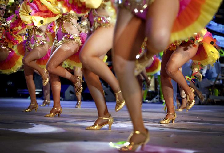 Фото №7 - Местные жители: пой, танцуй, люби!