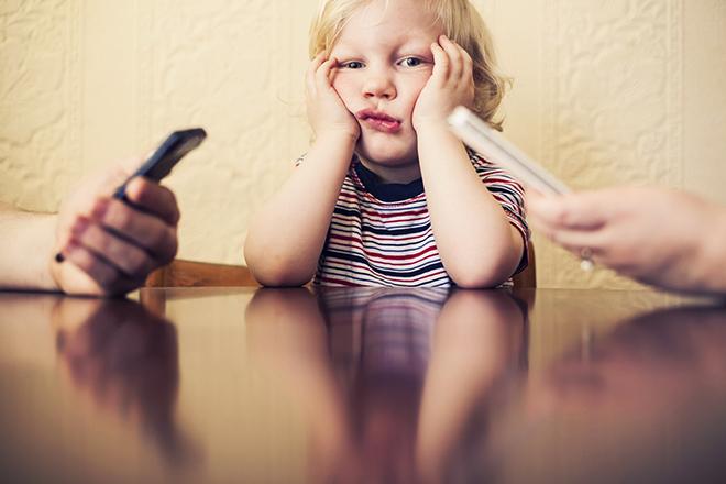 Фото №4 - Как отвлечь ребенка от гаджета: советы психолога