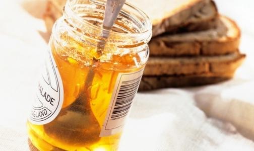 Фото №1 - Эксперты составили список продуктов, которые нельзя есть на завтрак