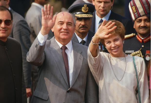 Фото №11 - Женщина с огромным сердцем и нелегкой судьбой: все о Раисе Горбачевой — единственной официальной первой леди СССР