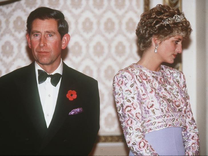 Фото №1 - Плачущая Диана и беспомощный Чарльз: как Уэльские «опозорили» Британию в туре по Южной Корее