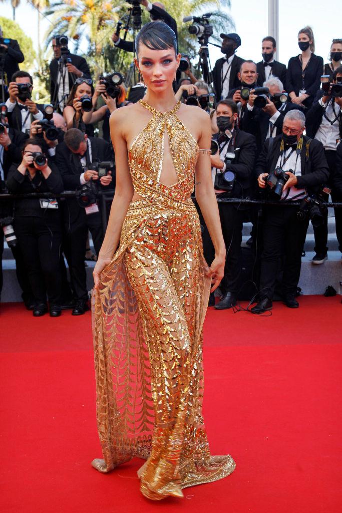Фото №2 - 3 самых эффектных платья посланниц красоты L'Oreal Paris: показывают Лума Гроте, Су Джу Пак и Нидхи Сунил